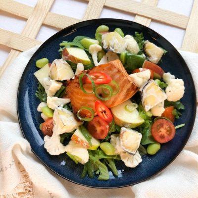 Noutoruokaa Aromikekkerit - Teriyakilohi-salaatti