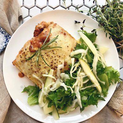 Lasagne ja vihersalaatti
